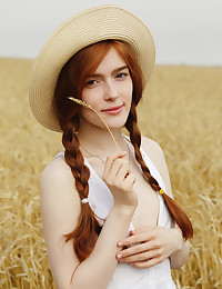 Berava featuring Jia Lissa by Flora