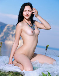 She is obsessed with showing off every bit of her beauty as she gives you a good time with those perfect shapes.