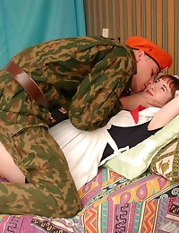 Pics of a kinky pregnant girl who was reading erotic stories when her boyfriend – soldier came in