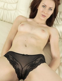 Pretty redhead alice toys both her holes