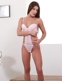 Solo toy play for gorgeous brunette Zena