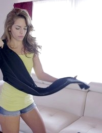 Horny teen Kimmy Granger gives her lover a lusty blowjob and follows it with a creampie stiffie ride